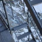 Fassade und Gerüst, 150m über dem Boden
